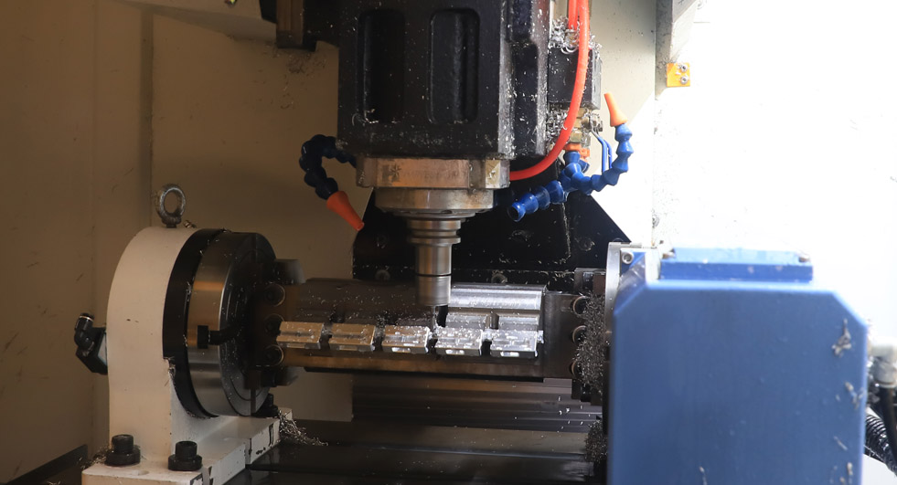 CNC machining of metal parts accuracy